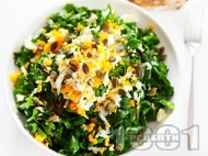 Рецепта Салата от суров спанак, киселец и яйце